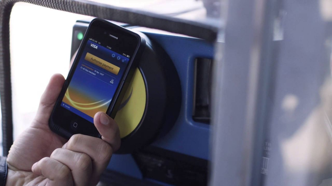 Mobile phones and bank cards to replace tickets for travelling in London