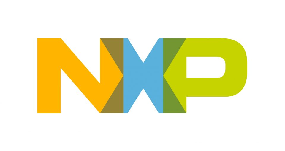 NXP Delivers First RoadLINK Product