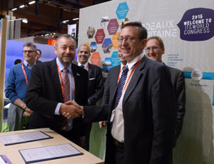 ITS UK signs MoU  with ATEC ITS France