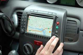 Commission adopts new rules to improve EU-wide traffic information services for road users