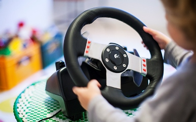 Innate behaviour determines how we steer our car, according to university study