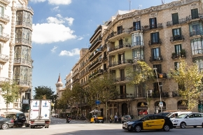 Barcelona approves mobility plan to improve safety