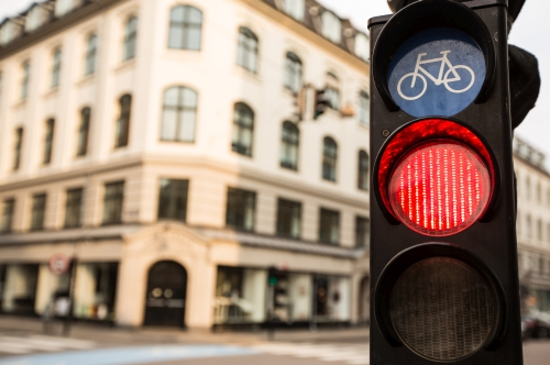 London trials traffic light priority for cyclists (UK)