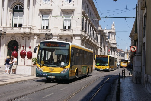 Portuguese government subsidises public transport