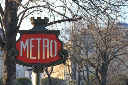 France to 'reduce VAT on public transport'