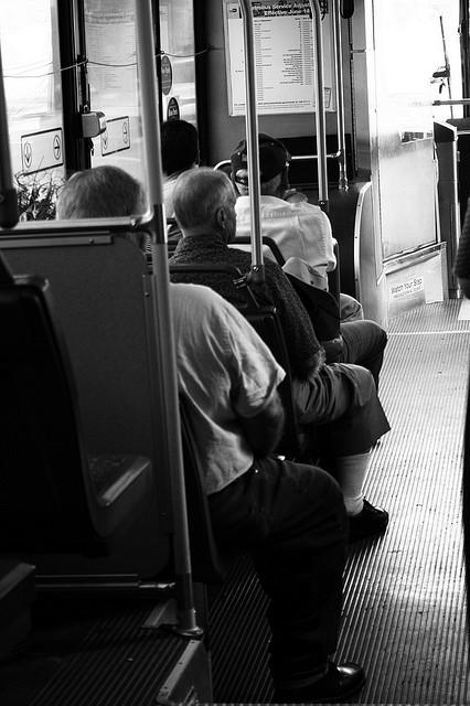 Dutch municipality encourages seniors to use public transport