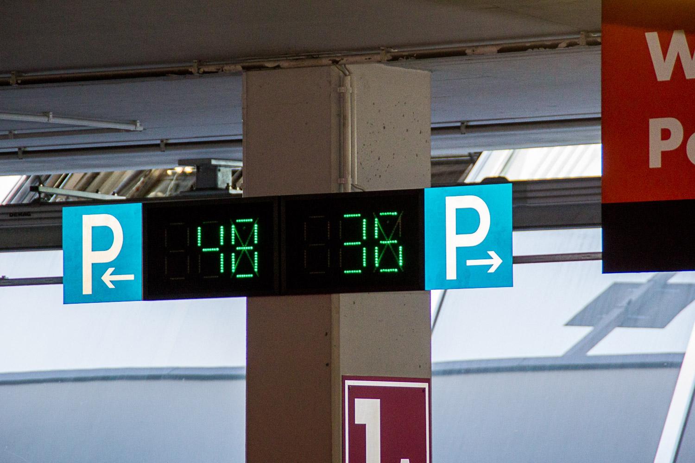 Passau shopping centre installs 'smart' parking technology