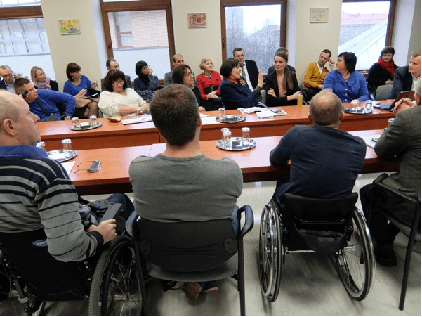 Lithuanian municipality involves disability group in SUMP discussions