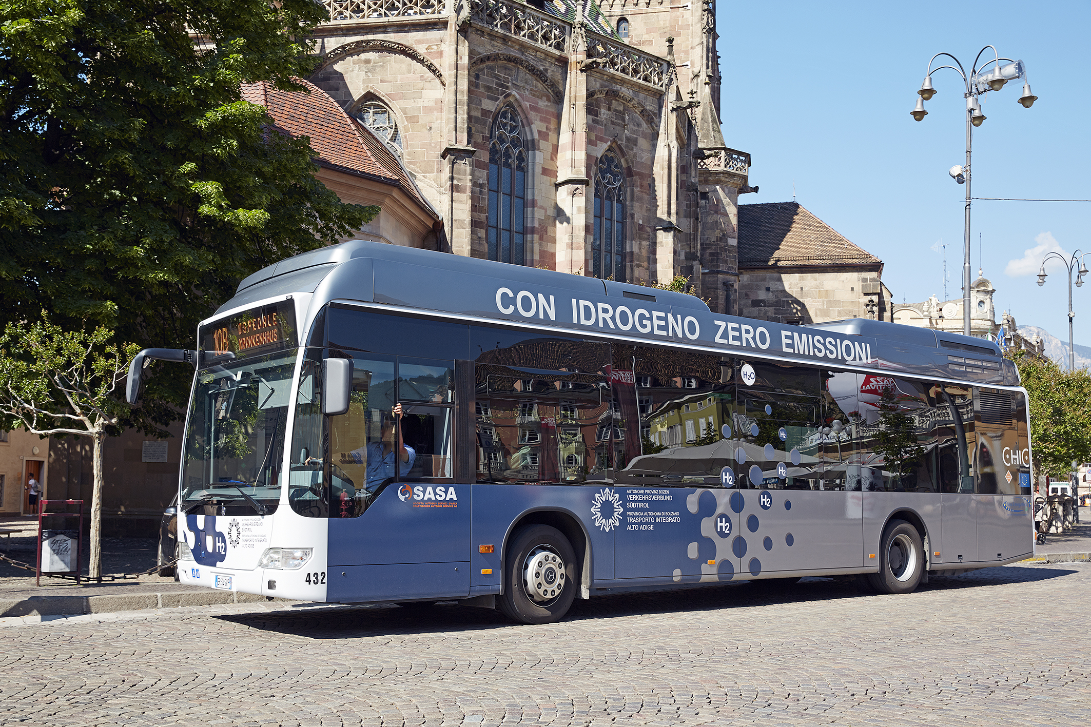 Fuel cell buses: already cleaning transport