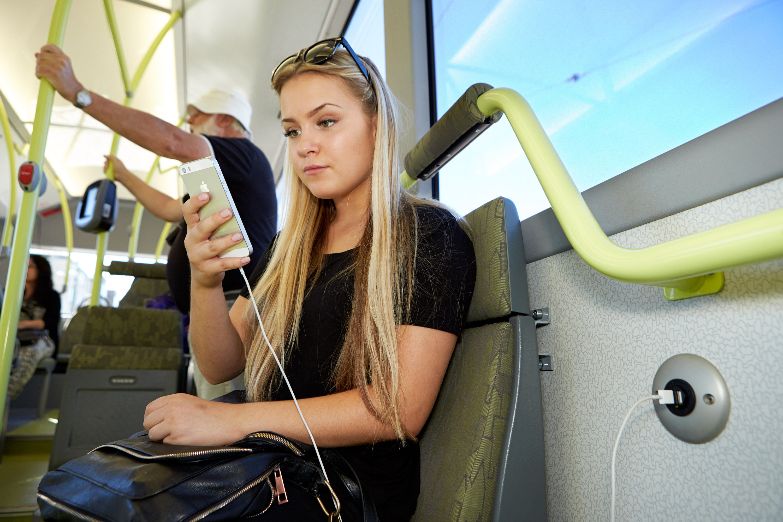 Göteborg's electric bus route wins European Solar Prize 2015