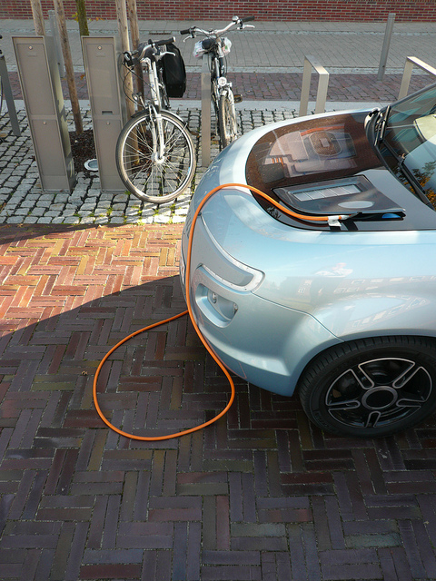 Electric car sales in France up by 64%