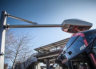 REMOURBAN study tour features electric bus charging in Nottingham (England)