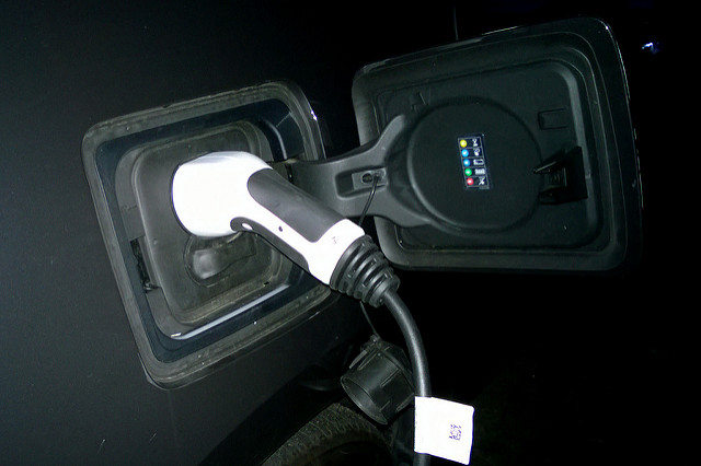 Lithuanian retailer to install EV charging stations at stores