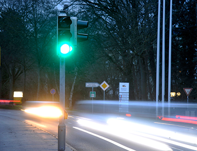 Siemens presents the world's thriftiest traffic light