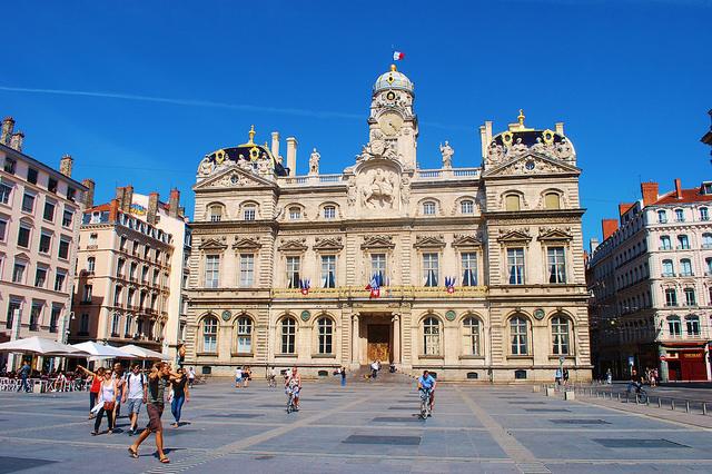 Lyon's active-mobility plan given green light