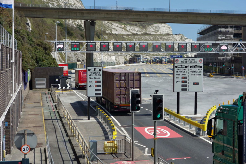 Swarco proves first port of call for Dover in major new traffic management project