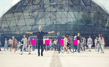 Andrea Bocelli advocates for a connected Europe in a Deutsche Telekom campaign