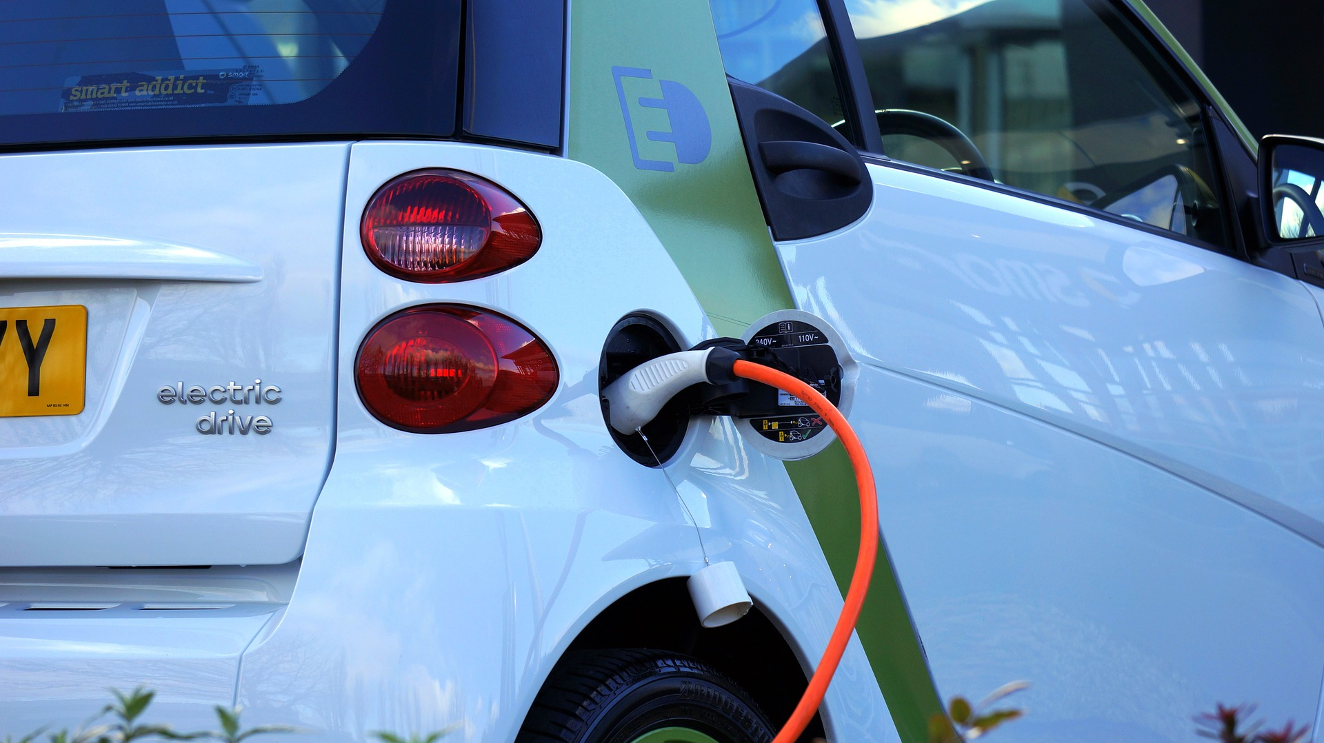 Over 500 000 EVs on EU roads by year end – study