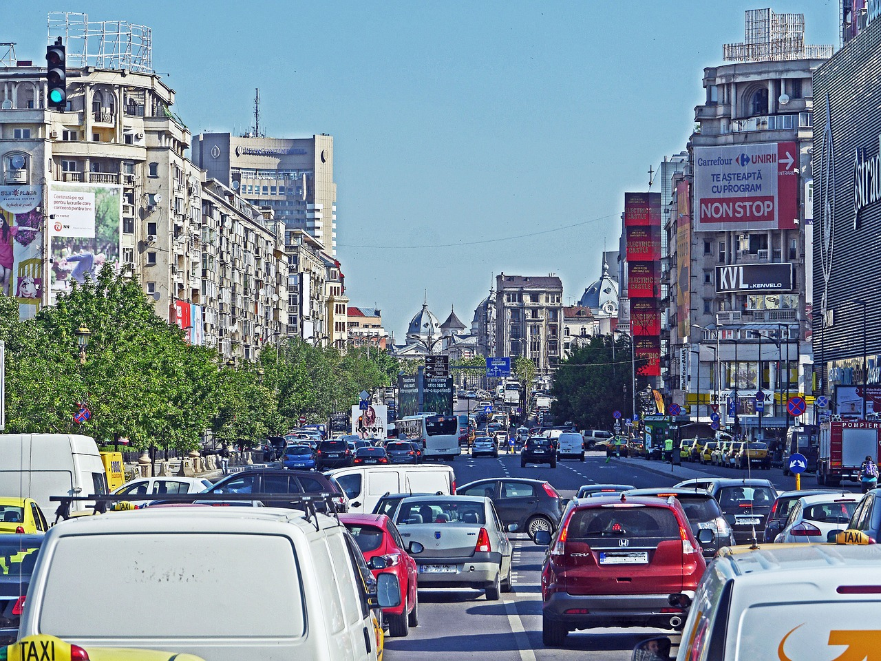 Third of new Bucharest buses to be electric (Romania)