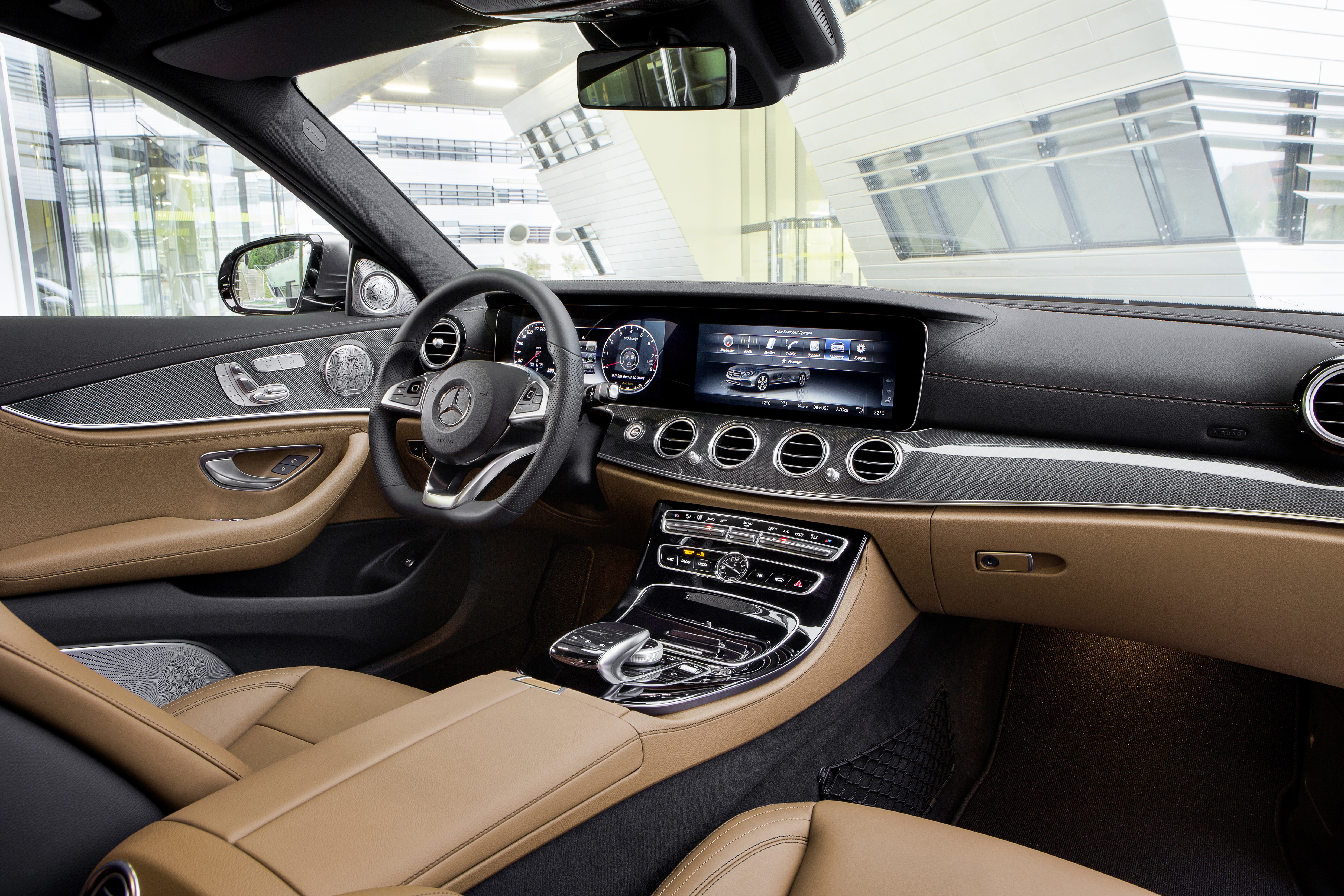 Wireless Connectivity For E Class Drivers: Smart Device Terminal From  Continental In Production For