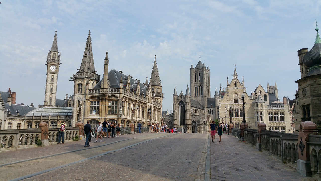 Is Gent's city centre set to become car-free? (Belgium)