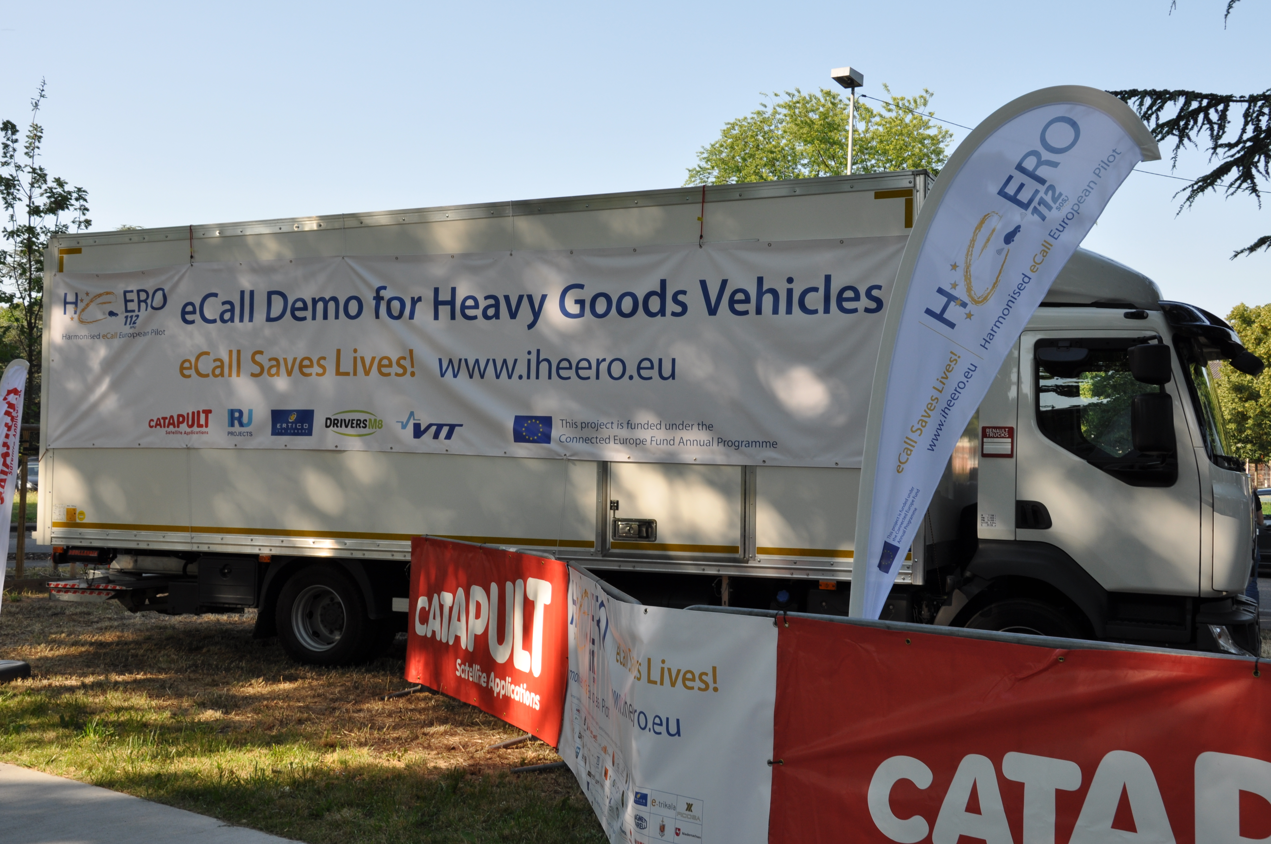 """The eCall Journey"" live demo presents 112 eCall for trucks and HGVs, and enhanced coverage by satellite communications"
