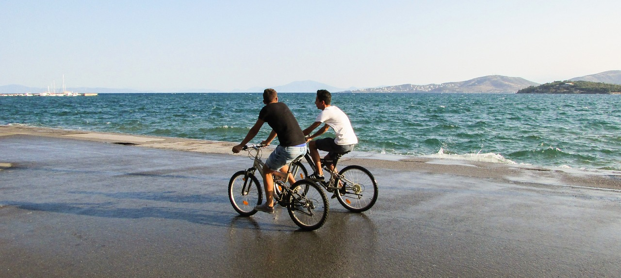Volos begins to embrace the bicycle (Greece)