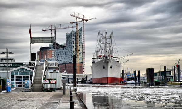 Port of Hamburg: 5G applications pass field test