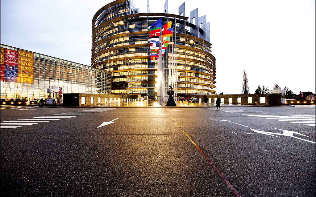 MEPs debate low-emission mobility reform