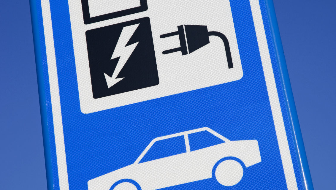 TomTom announces new real-time electric vehicle service