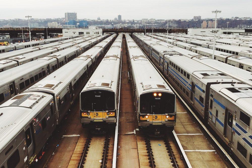 trains lots