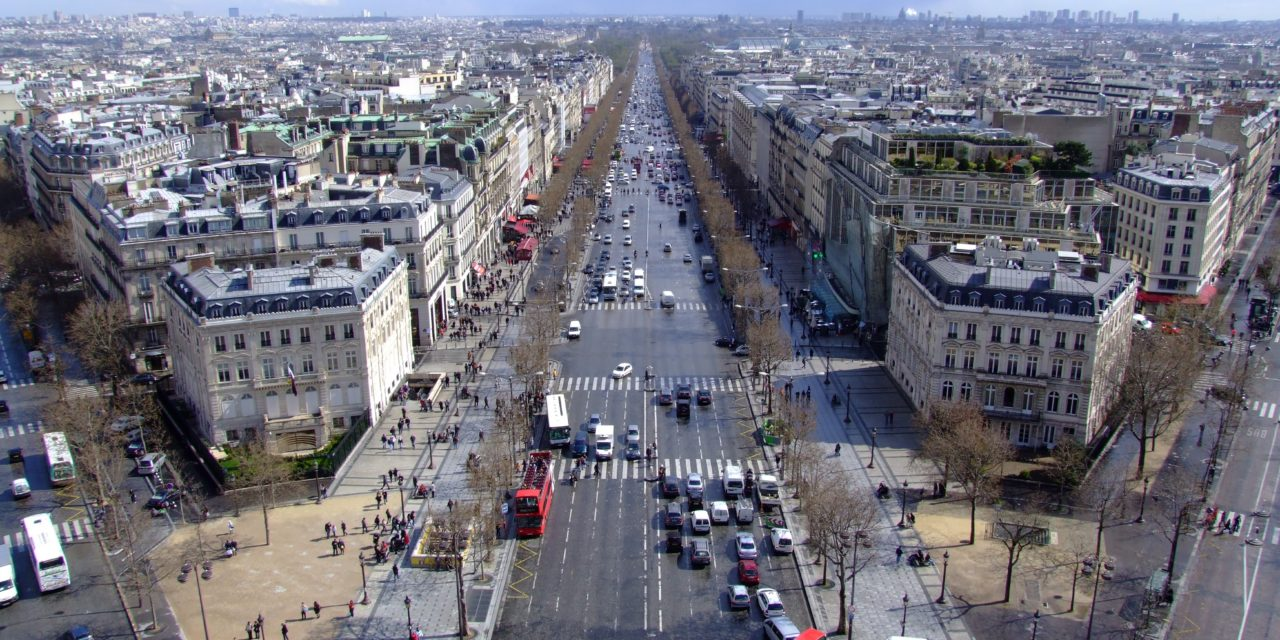 Paris plans free wide-public transport