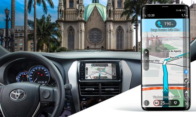 TomTom and Toyota to offer navigation app that mirrors to in-dash screens