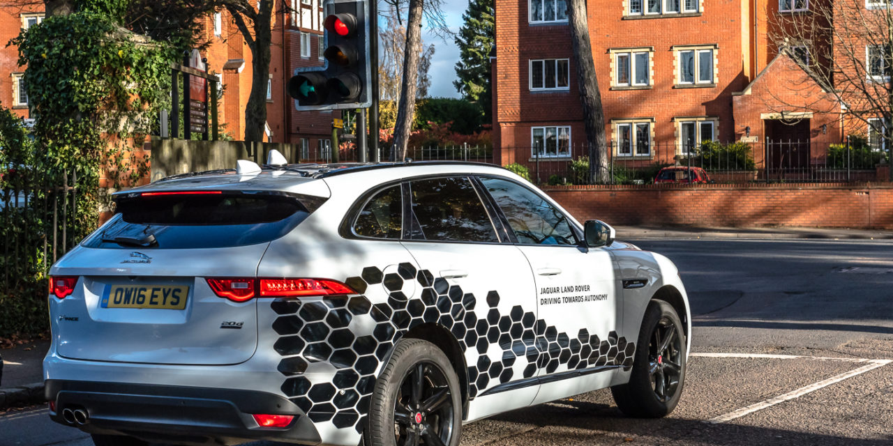 Smart, connected Jaguar and Land Rover cars testing on 'connected corridor'
