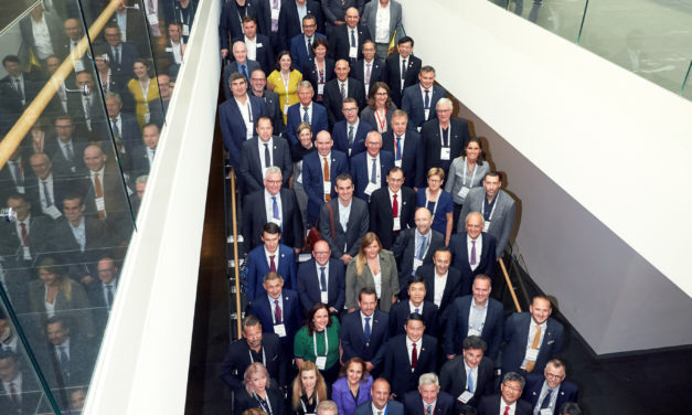 High level round table discusses clean mobility of the future