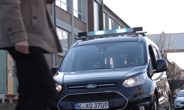 Ford'stechnology helps autonomous vehicles communicate with pedestrians
