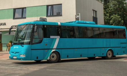 Arriva signs 10-year contract to provide public transport services in Trnava