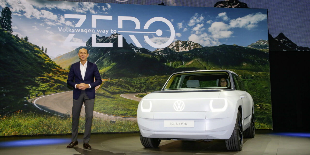 Volkswagen produces battery cells for electromobility